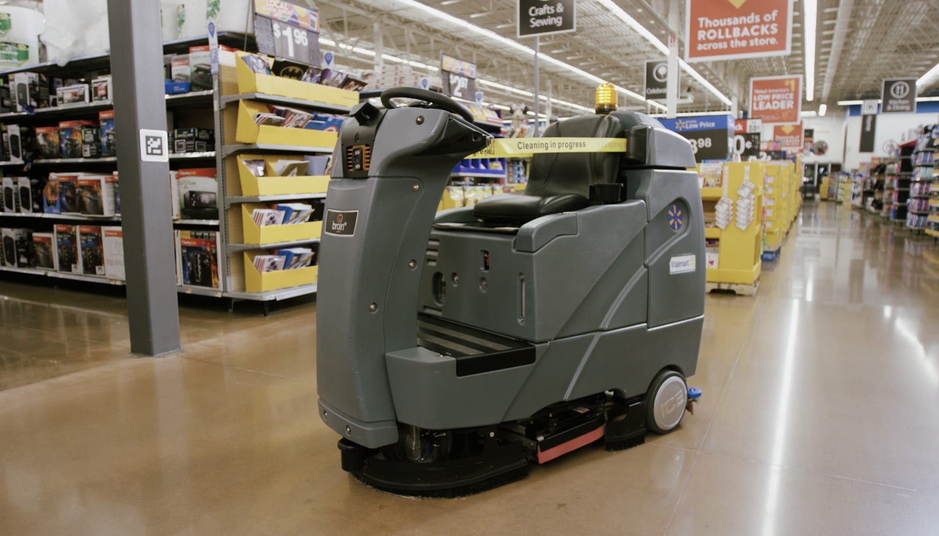 Walmart battles online retail by adding more robots to its stores