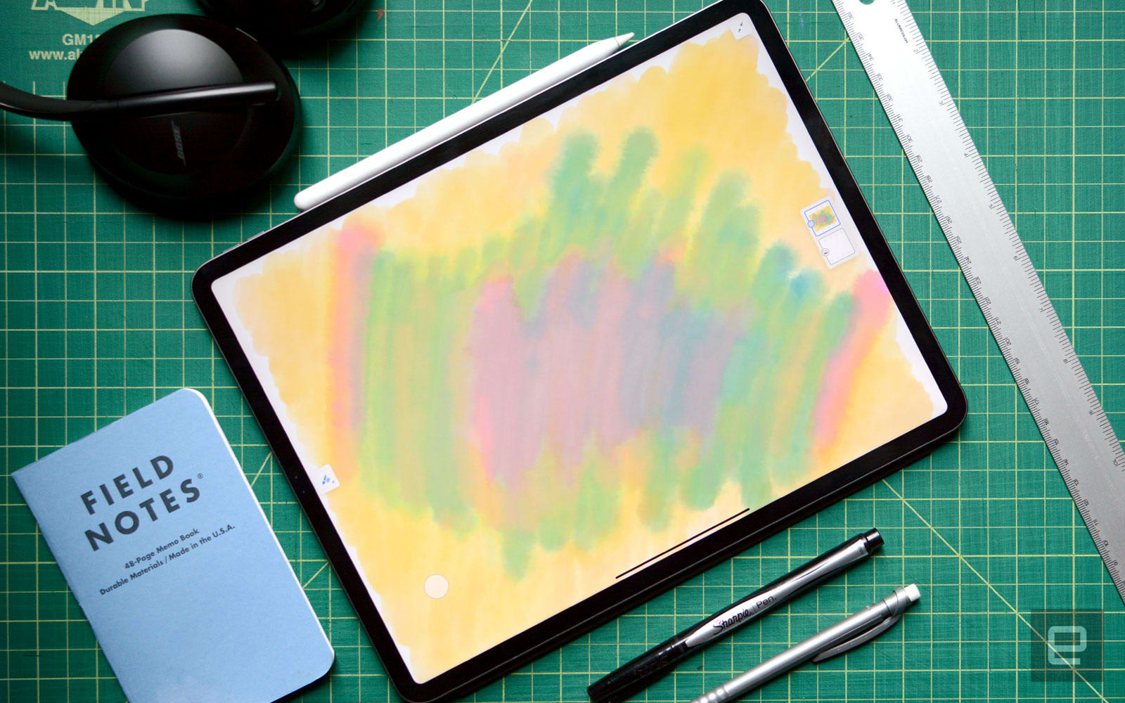 Adobe Fresco brings realistic painting to the iPad