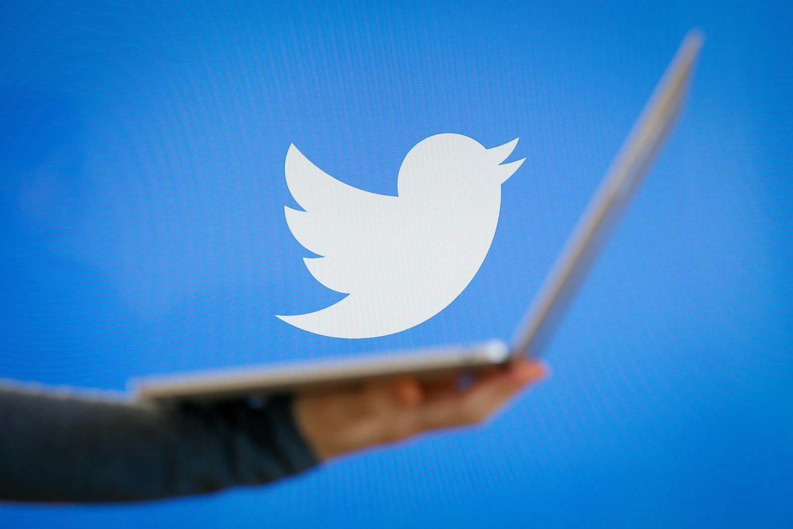 Twitter bans accounts related to Hamas and Hezbollah