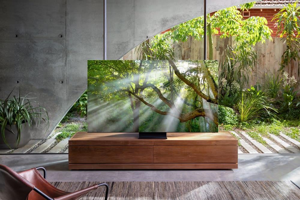 Samsung's zero-bezel 8K TV is real