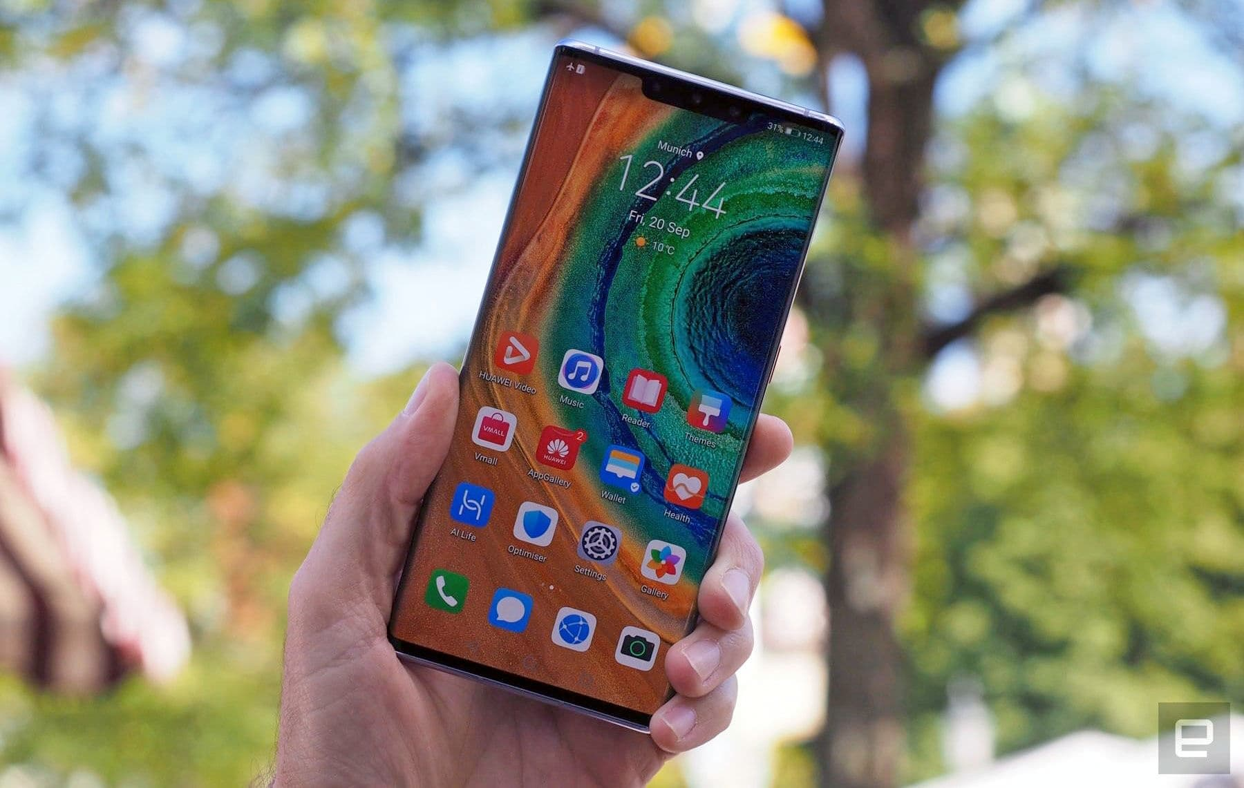 Google fully explains why its apps aren't on new Huawei phones