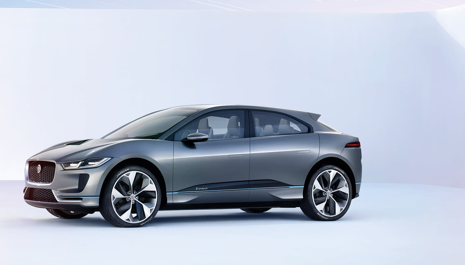 Jaguar Introduces Its First Electric Concept Car