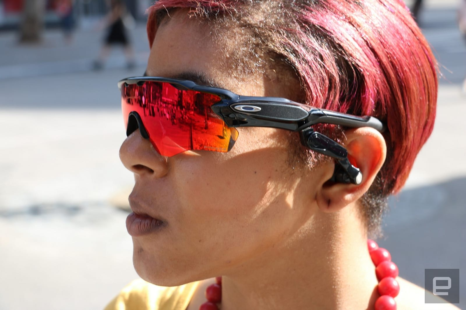 b5caac52635a1 Oakley and Intel s sunglasses put a personal trainer in your ears