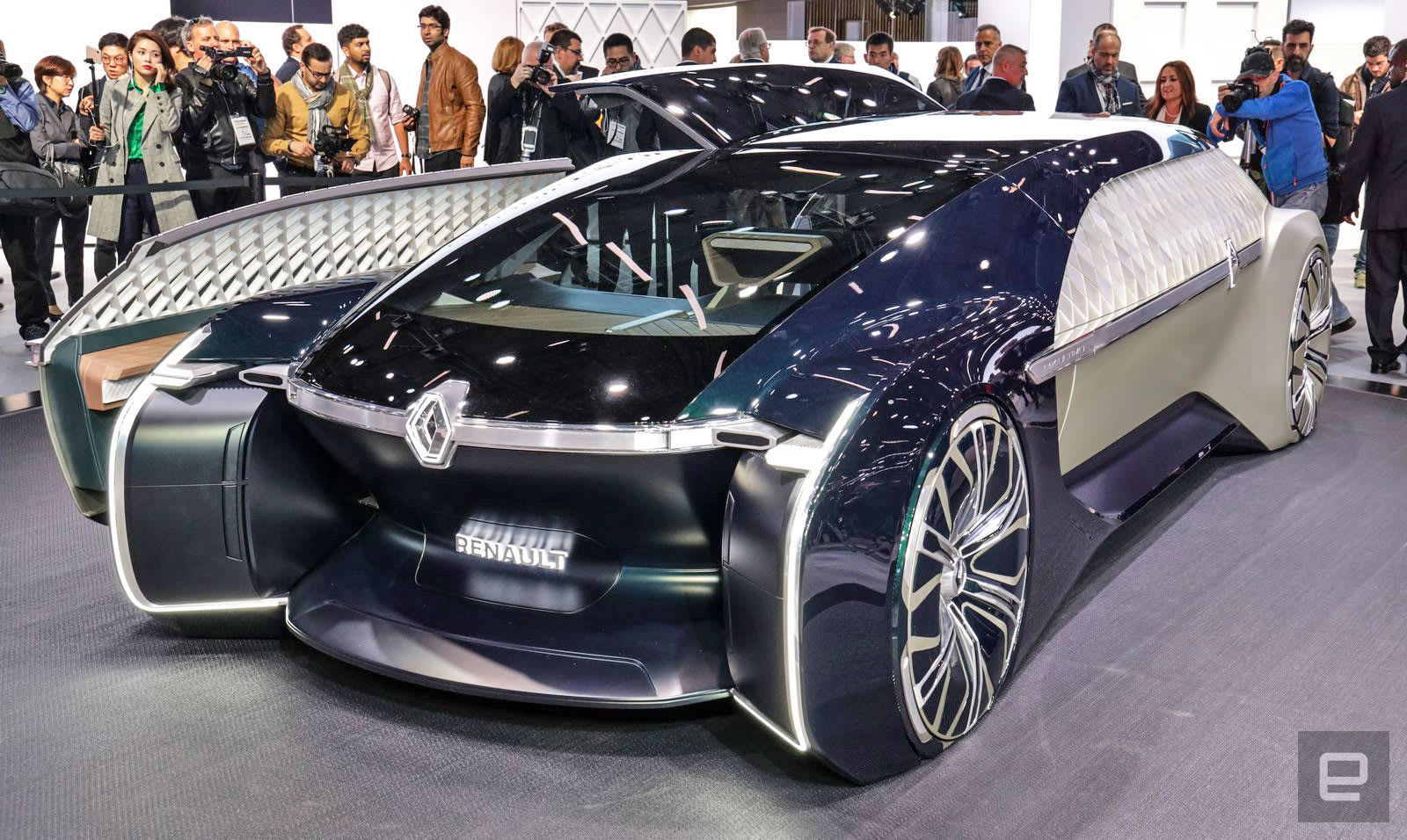 Renault S Ez Ultimo Is A Self Driving Luxury Lounge