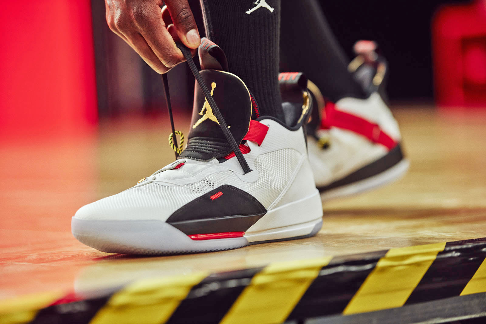 e43a0a87e1e3cb Jordan XXXIII adds lacing tech  informed  by Nike s HyperAdapt