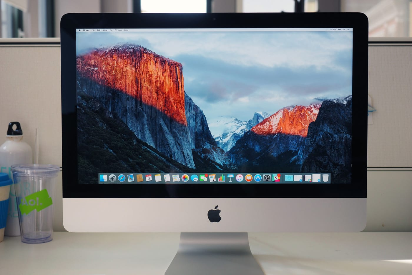 Apple Imac Review 215 Inch 2015 4k Is Optional Faster Hard Drives 10 Leds Shouldnt Be