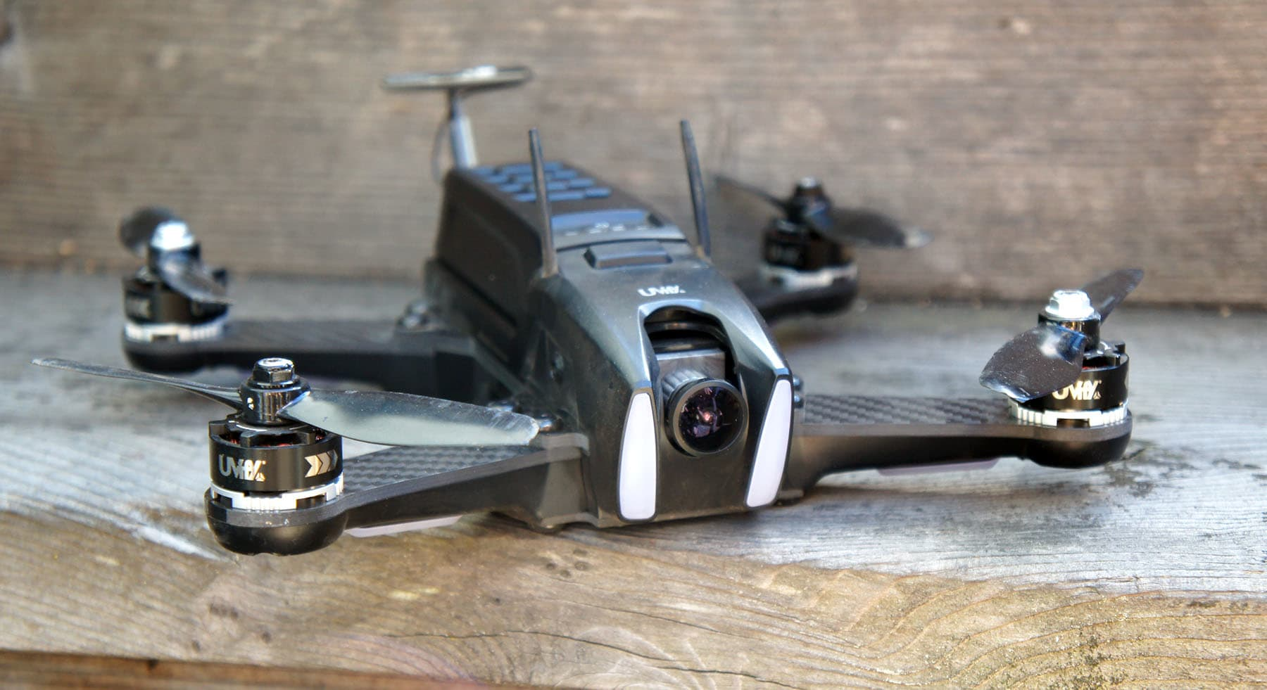 UVify's Draco drone is fast, furious fun for wannabe racers