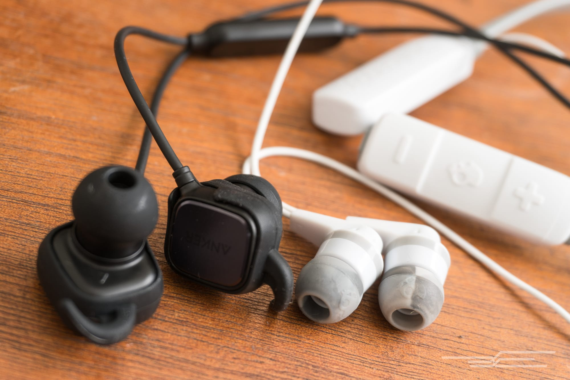 e4178ab61f8 The best wireless earbuds under $50
