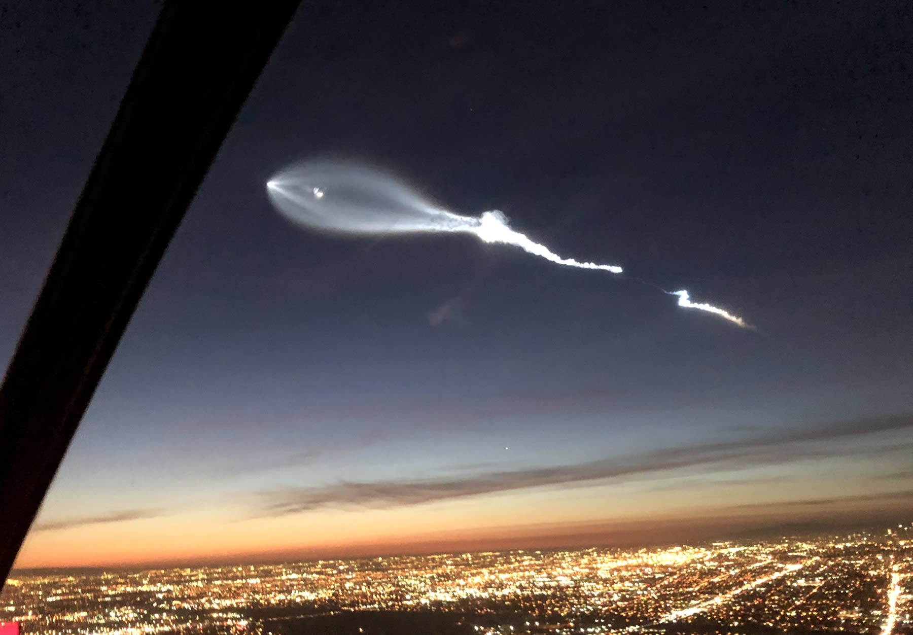 SpaceX Falcon 9 Launch Leaves A Creepy Cloud Over LA