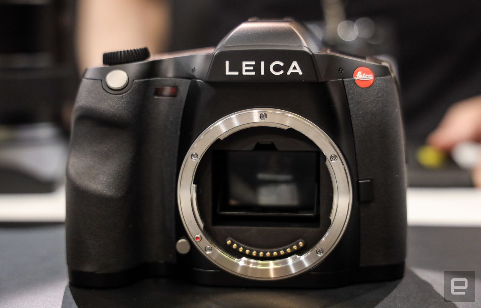 Leica's S3 is a slick, 64-megapixel medium format DSLR