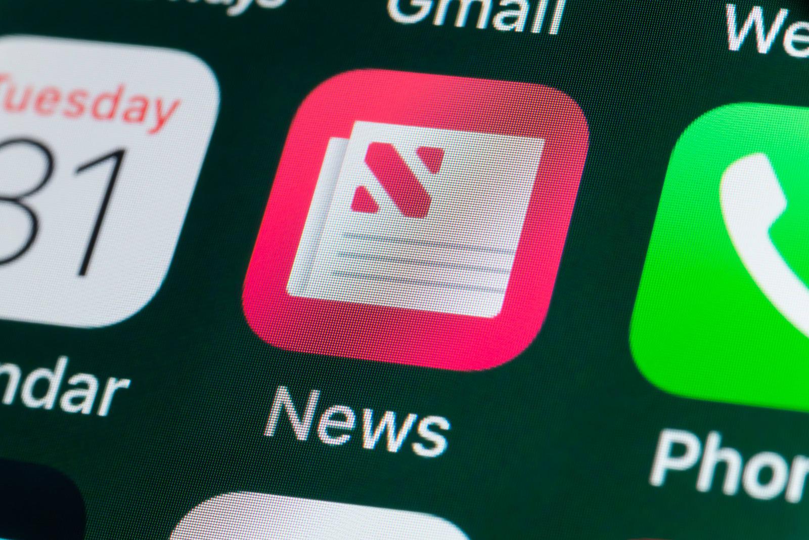 Apple's News app draws 90 million regular readers