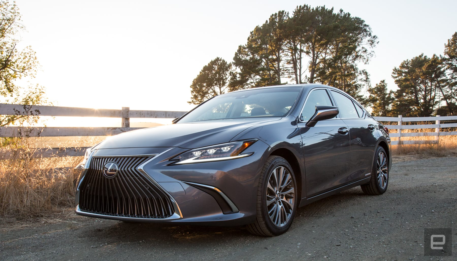 The Lexus Es 300h Is A Chill Luxury Sedan Engadget