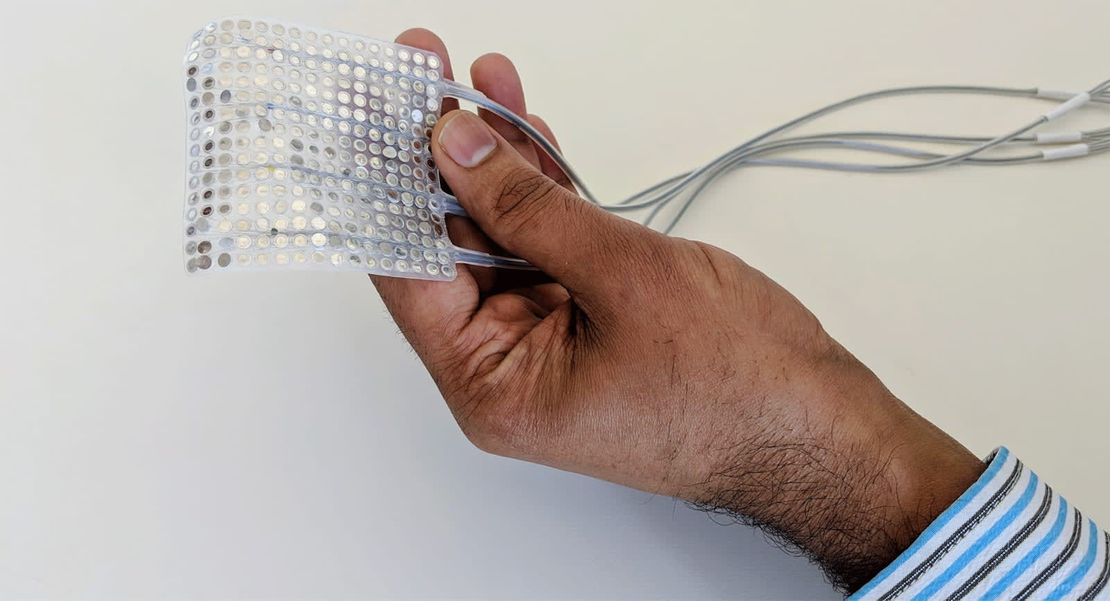 Implant turns brain signals into synthesized speech