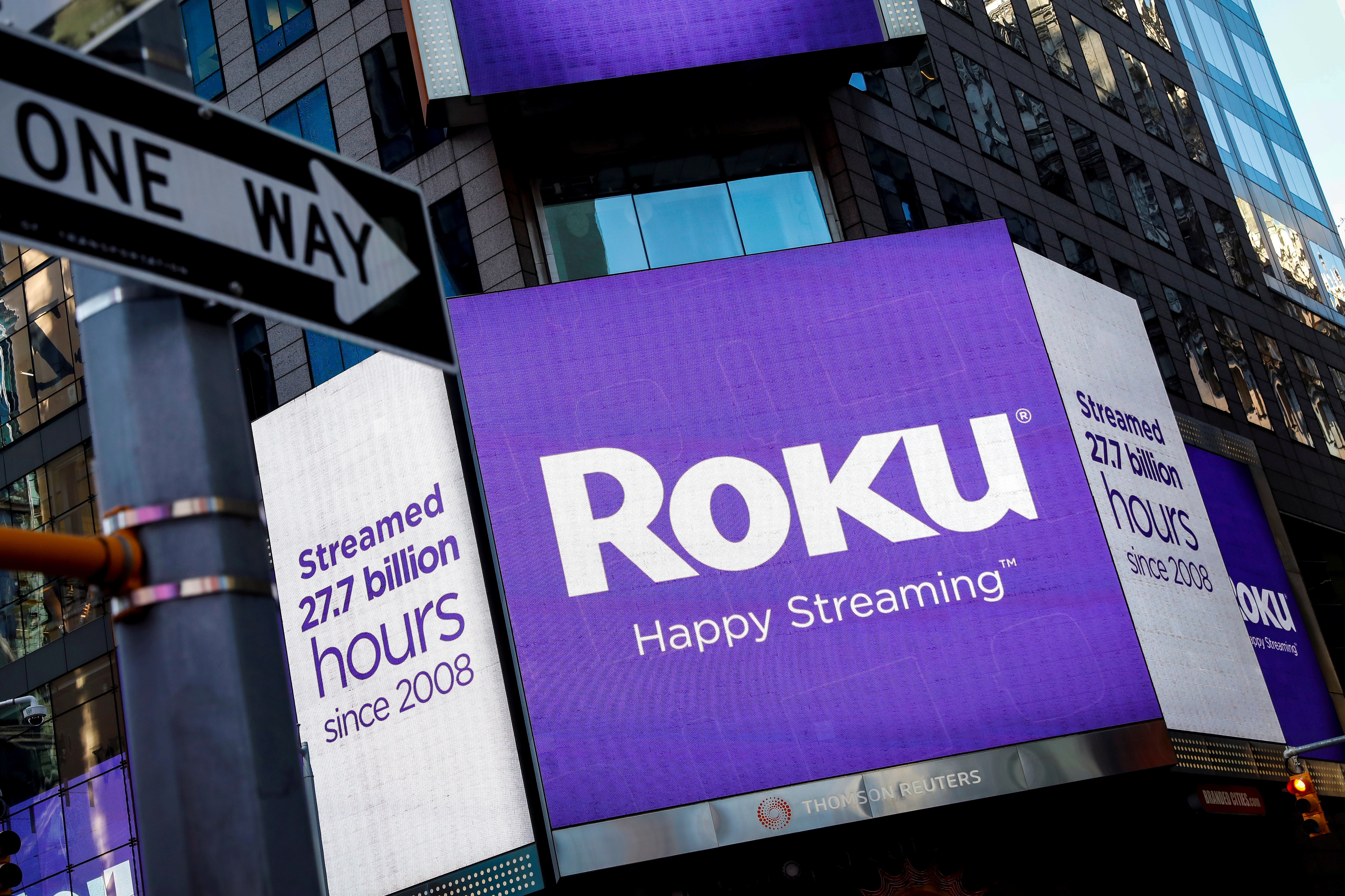 Comcast May Force Roku To Drop Some Nbcuniversal Channels Engadget