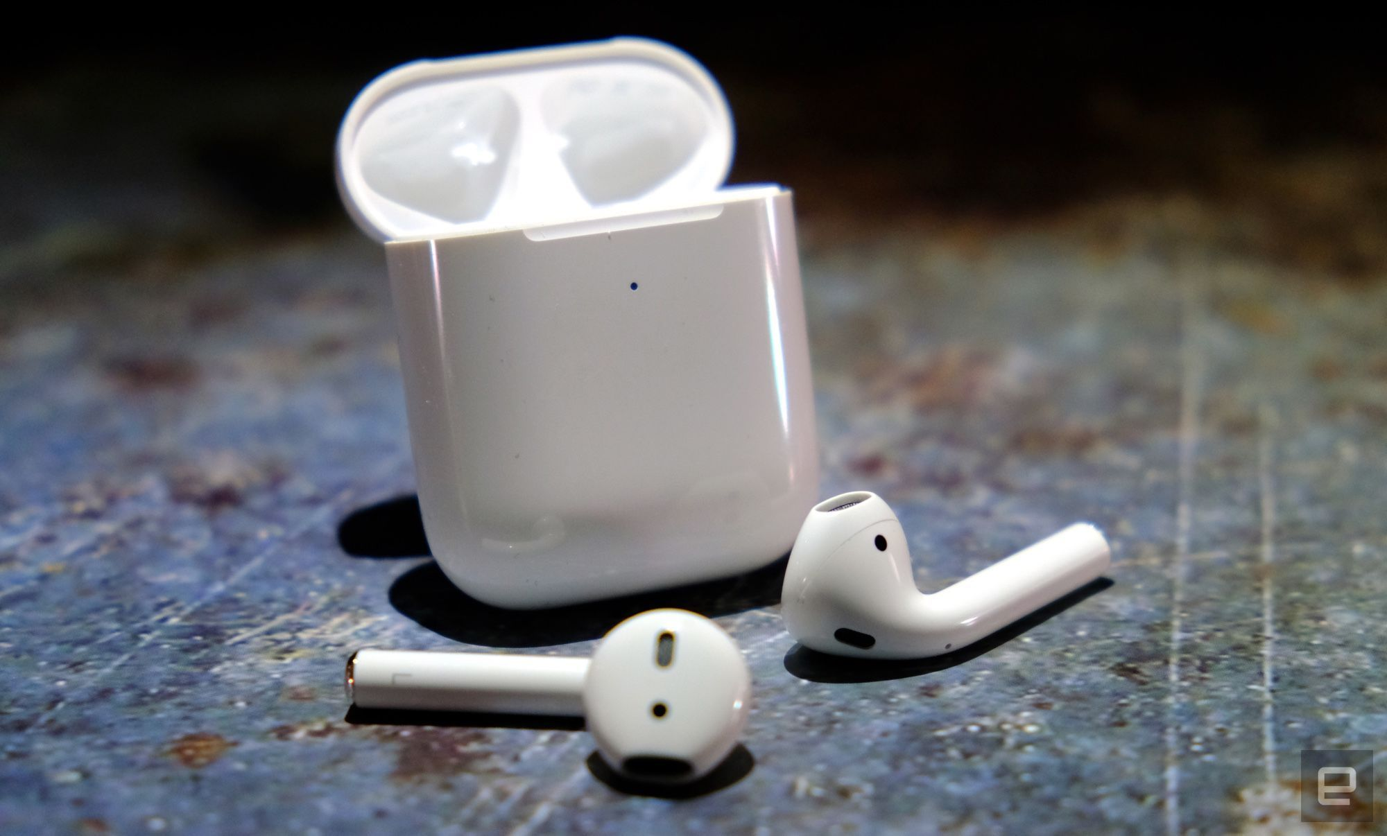 Apple Airpods Drop To 100 In New Early Black Friday Sales Engadget