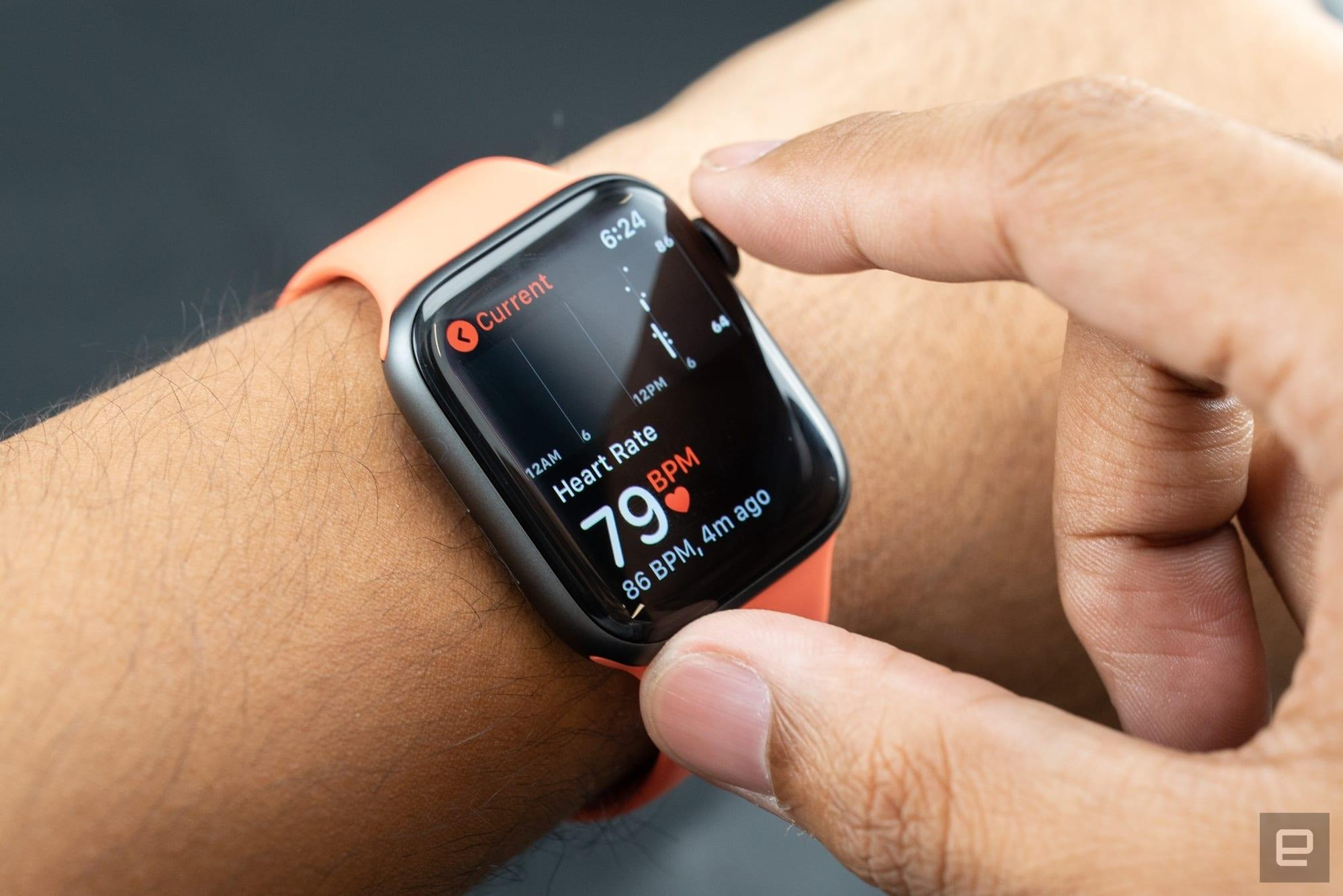 The Apple Watch Series 4 Is On Sale For An All Time Low Engadget