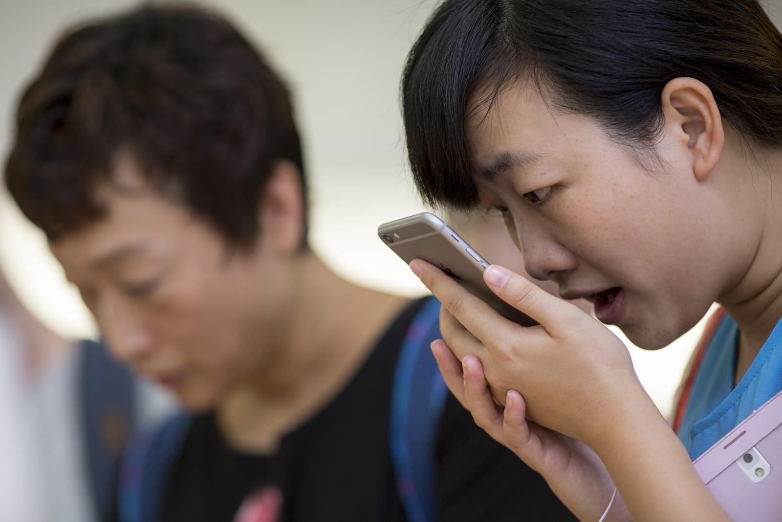 Siri cheat sheet shows how you can talk to your iPhone