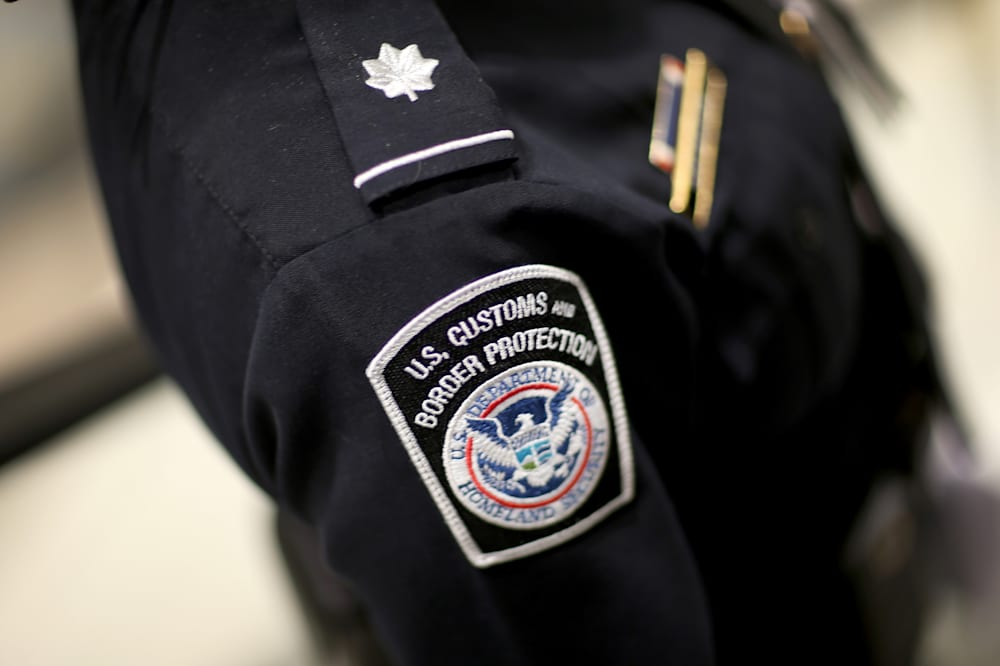 American Citizens US Border Agents Can Search Your Cellphone - Us customs miami map officces