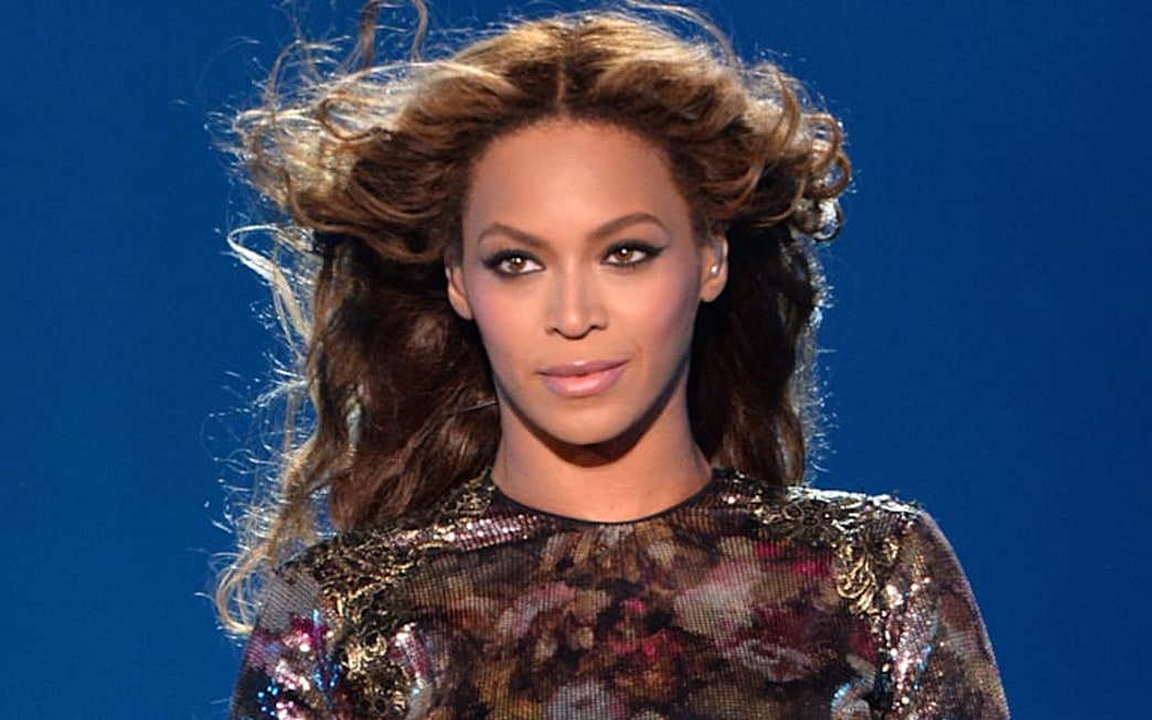 Beyonce's Obsession with Mink Eyelashes