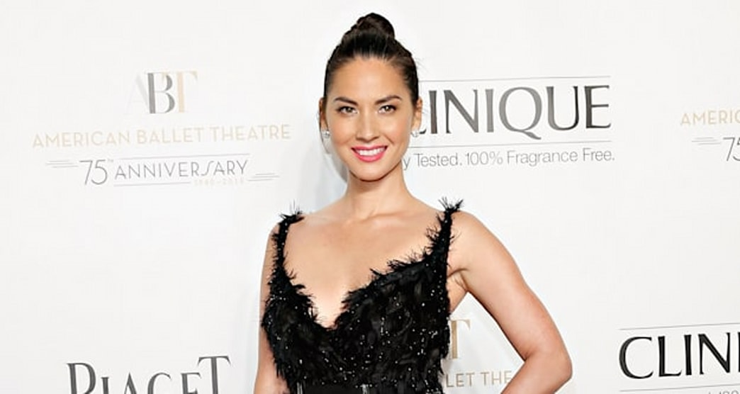 Olivia Munn channels 'Black Swan' for American Ballet Theatre Fall Gala