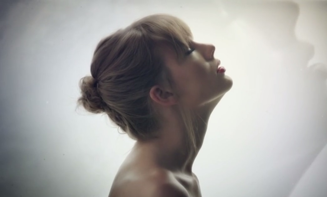 Taylor Swift's latest music video premieres: Watch 'Style'