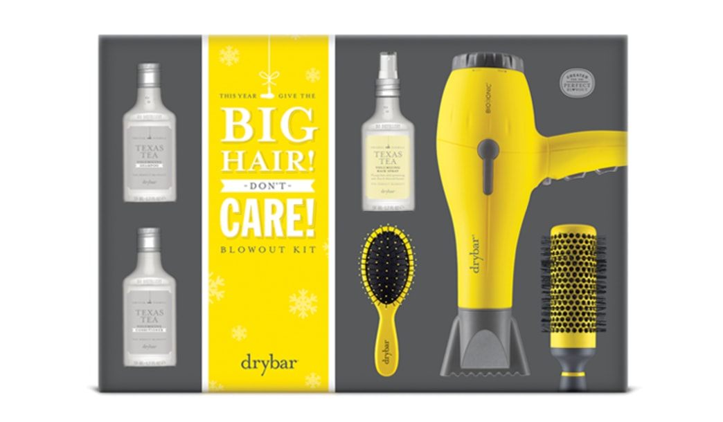 Giveaway! Get in the holiday spirit with Drybar and StyleList