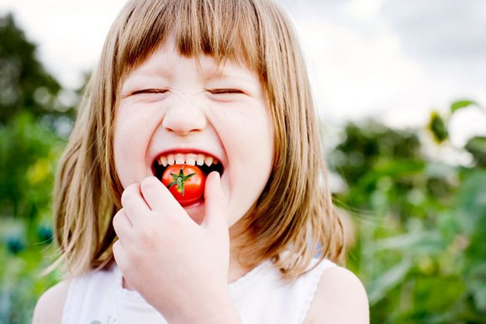 5 Incredible Initiatives Helping Kids Build Better Relationships With Food