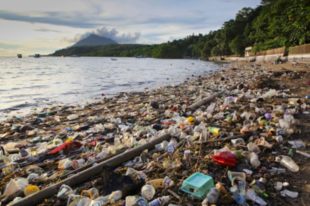 El 87% de la basura recogida en las playas españolas es plástico
