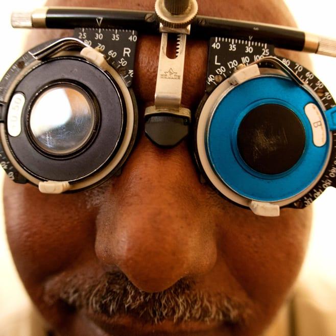 In questi occhiali da sole c'è tutto il cambiamento che vogliamo vedere nel mondo