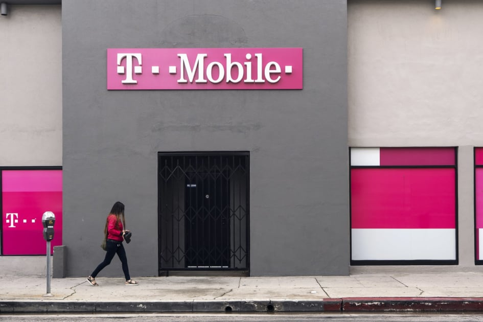 California ends opposition to T-Mobile and Sprint merger 1