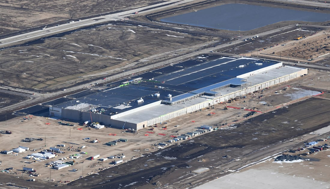 Foxconn's contentious Wisconsin plant will be used to make ventilators