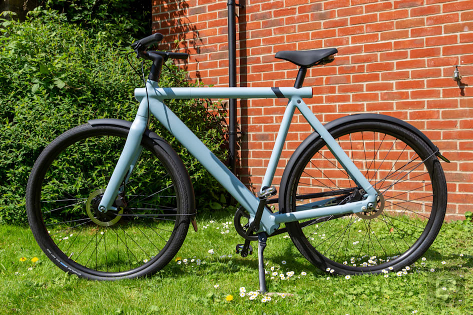 VanMoof's S3 e-bike is better, cheaper, and just as stylish