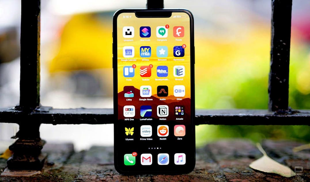 Apple rolls out iOS 13.5 with COVID-19 features