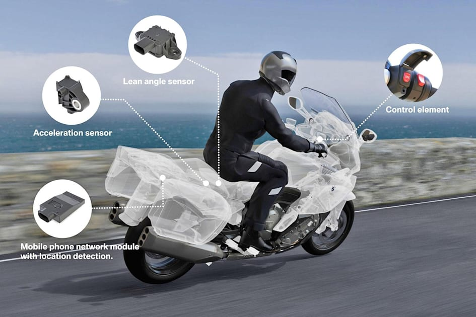 BMW has the first smart emergency system for motorcycles