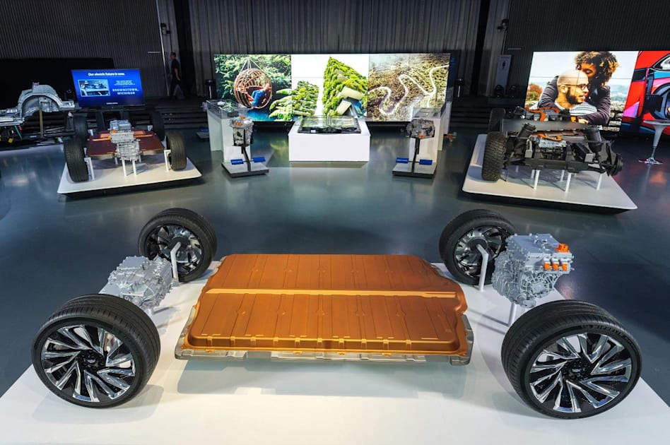 Honda will build two EVs based on GM battery technology 1
