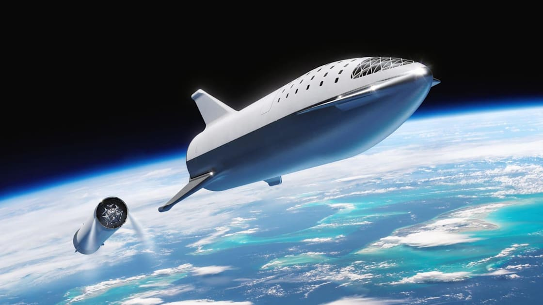 SpaceX plans to launch Starship's first commercial flight in 2021
