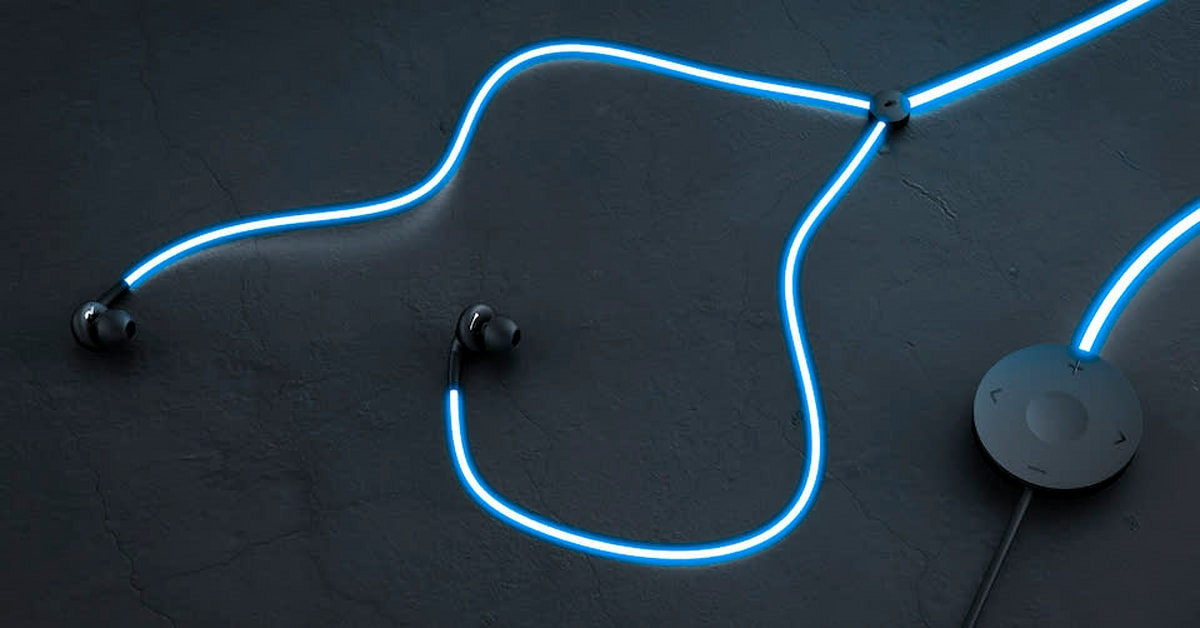'Tron'-like Glow headphones pulse to the music and your heart