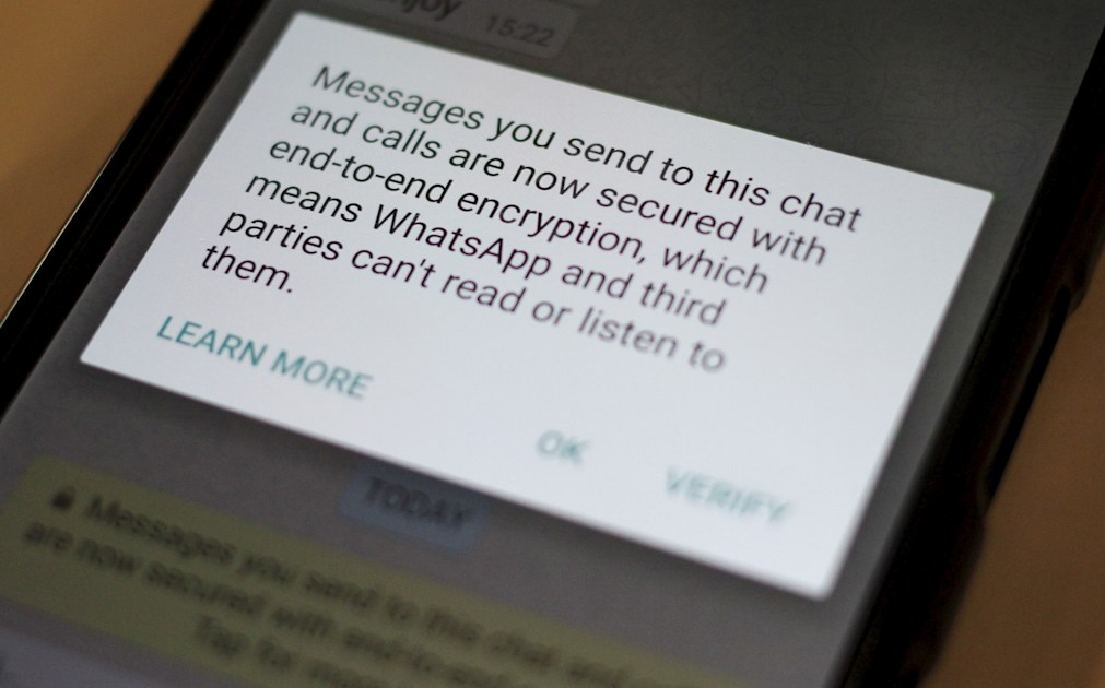 WhatsApp: Let us share your data with Facebook or else