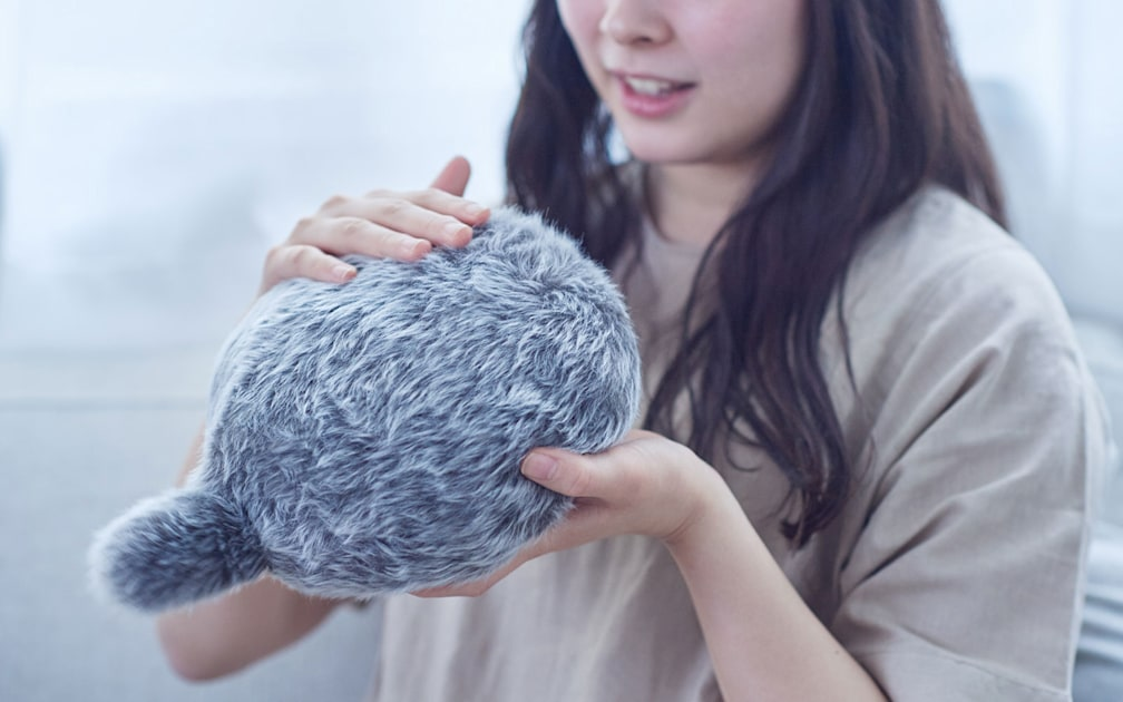 Image of article 'The Petit Qoobo robotic cat tail pillow is available to pre-order on July 30th'