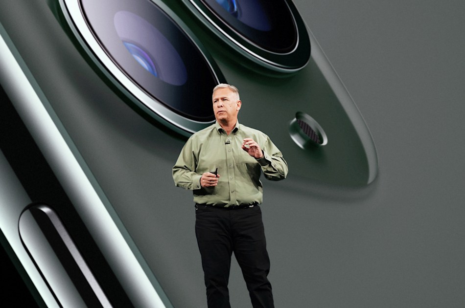 Phil Schiller is ending his long reign as Apple's marketing chief – Engadget