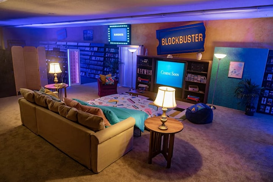 The last Blockbuster is hosting an Airbnb sleepover in September – Engadget
