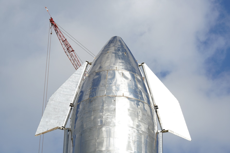 SpaceX's next Starship prototype will try a 60,000-foot return flight