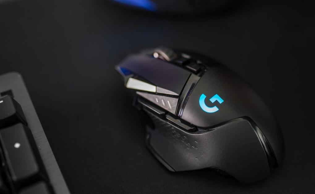 Logitech G mice get the world's first sub-micron sensor with an update |  Engadget