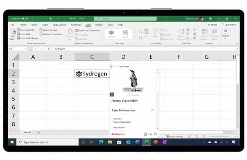Microsoft Excel spreadsheets now take custom live data – Engadget