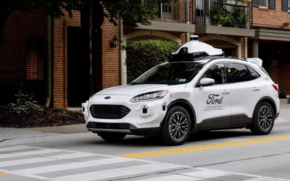 Ford will use its Escape SUV to power a self-driving car service – Engadget