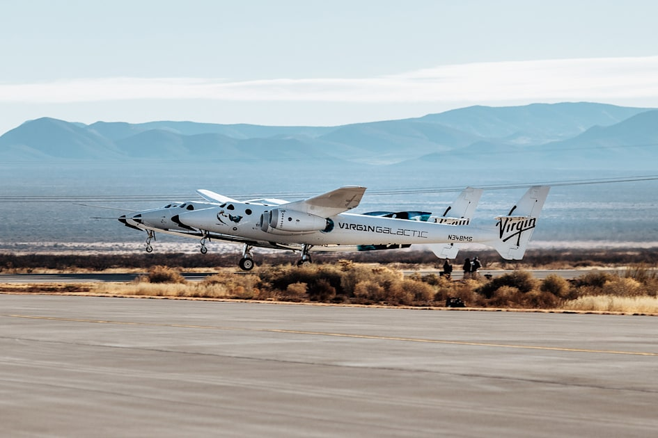 Virgin Galactic's latest SpaceShipTwo test ends with a rocket motor failure