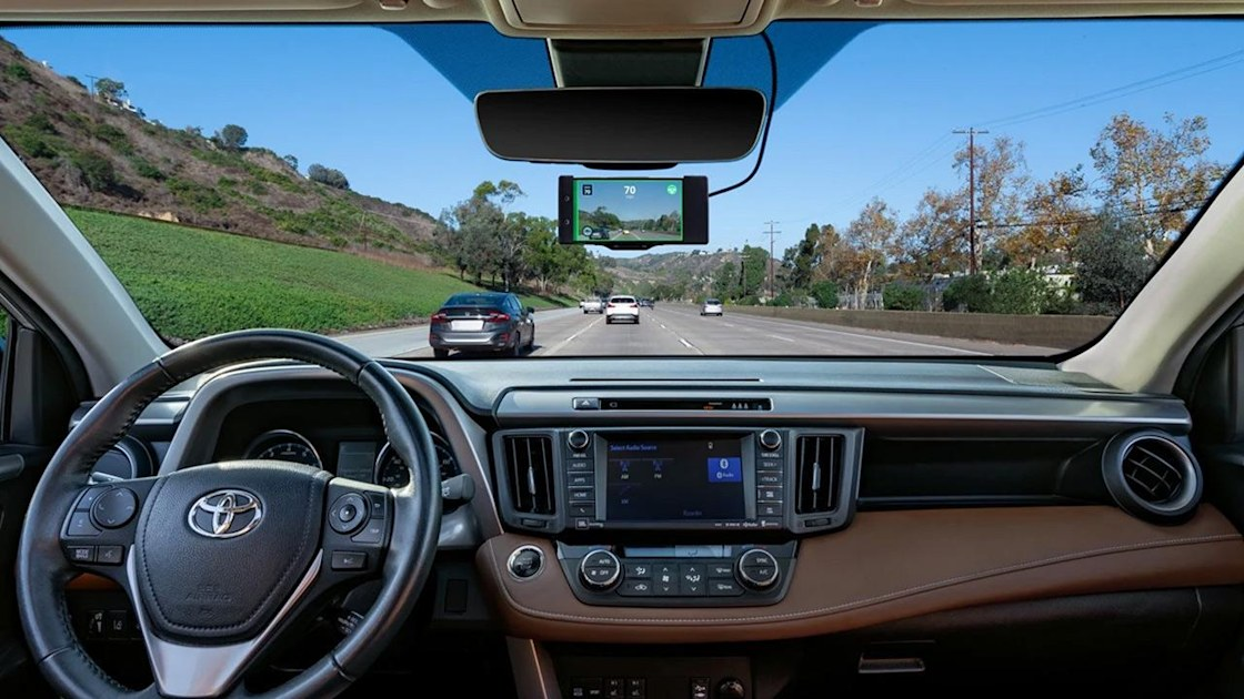 Comma Ai continues to impress with its aftermarket driver assistance tech