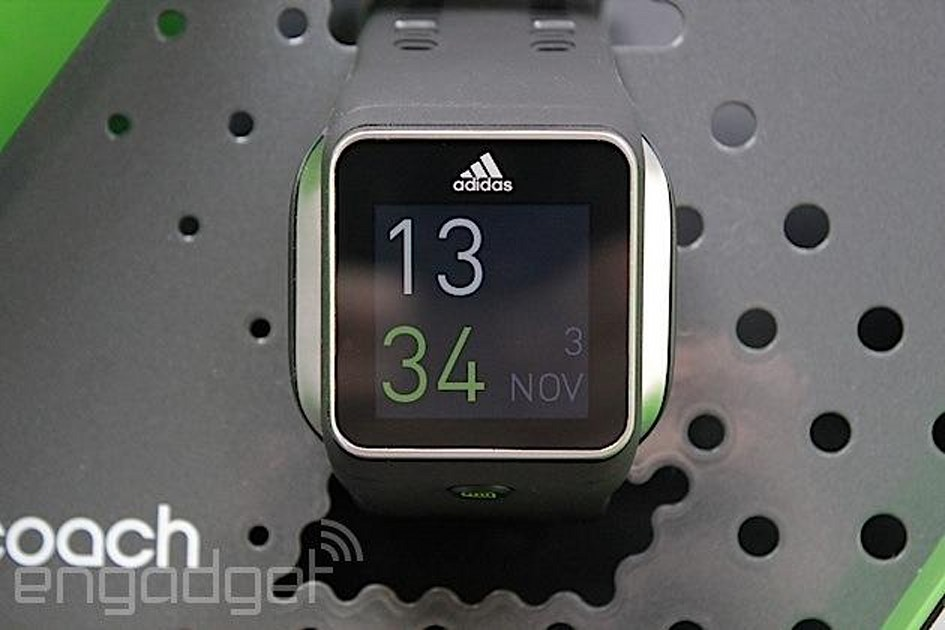 rompecabezas minusválido Innecesario  Adidas miCoach Smart Run review: the almost-perfect training partner |  Engadget