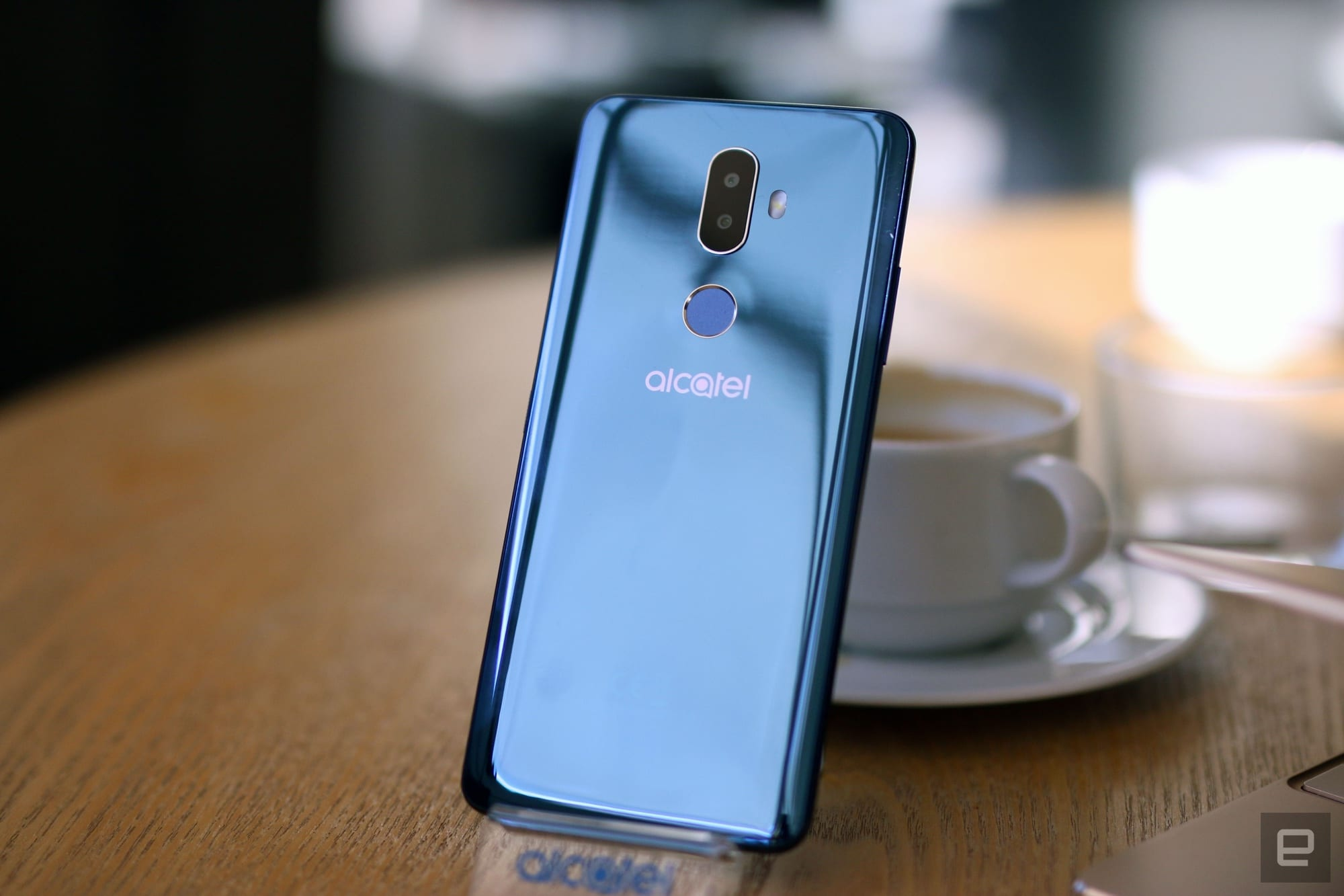 Alcatel crams flagship features into its affordable smartphones
