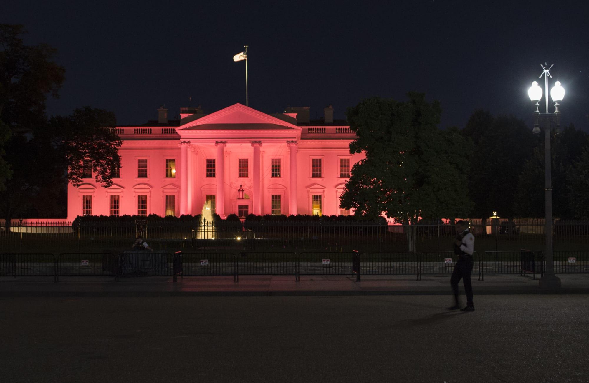 US-POLITICS-HEALTH-BREAST CANCER